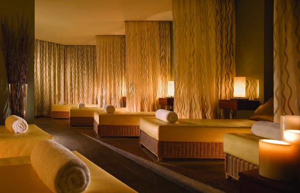 Fairmont Singapore relaxation lounge