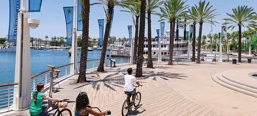 Credit-Long-Beach-Convention-&-Visitors-Bureau-Waterfront-Rainbow-Harbor